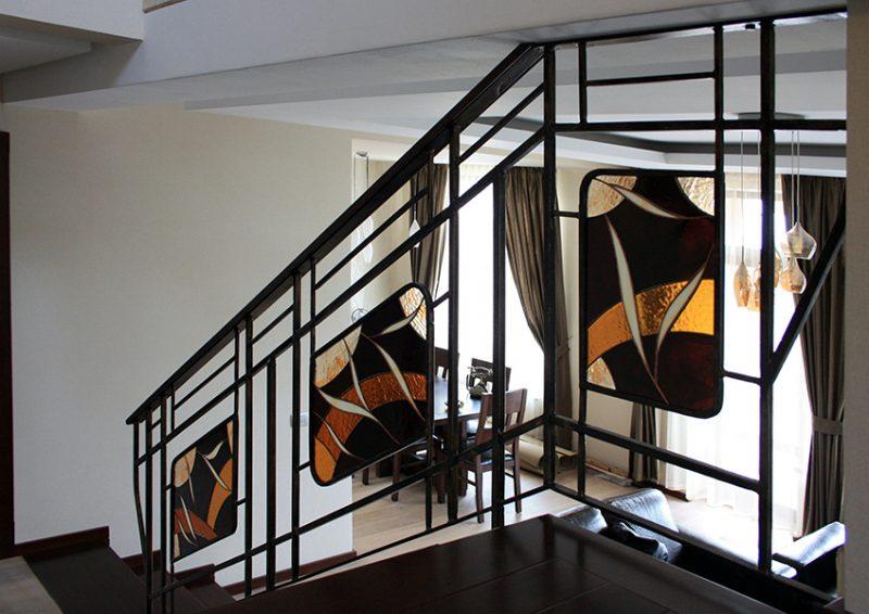 balustrada cu vitralii - detaliu 1