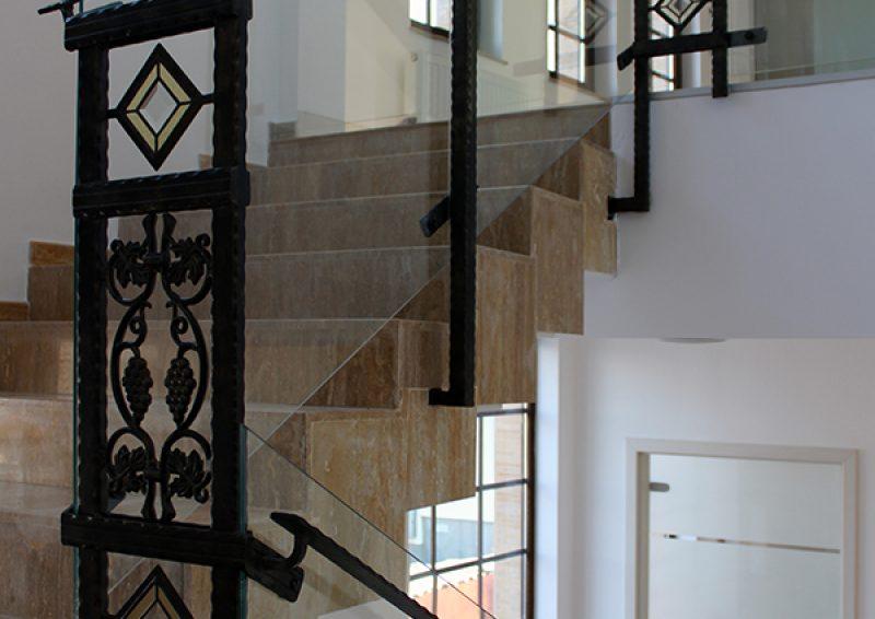 balustrada din fier forjat si sticla - ansamblu