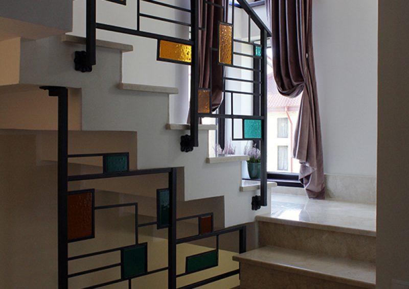 balustrada geometrica ansamblu