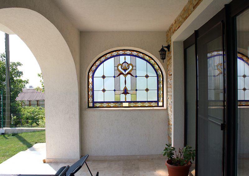 vitralii exterior - ansamblu