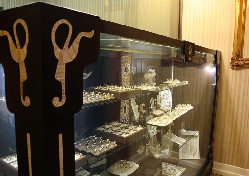 vitrina bijuterii - ansambu